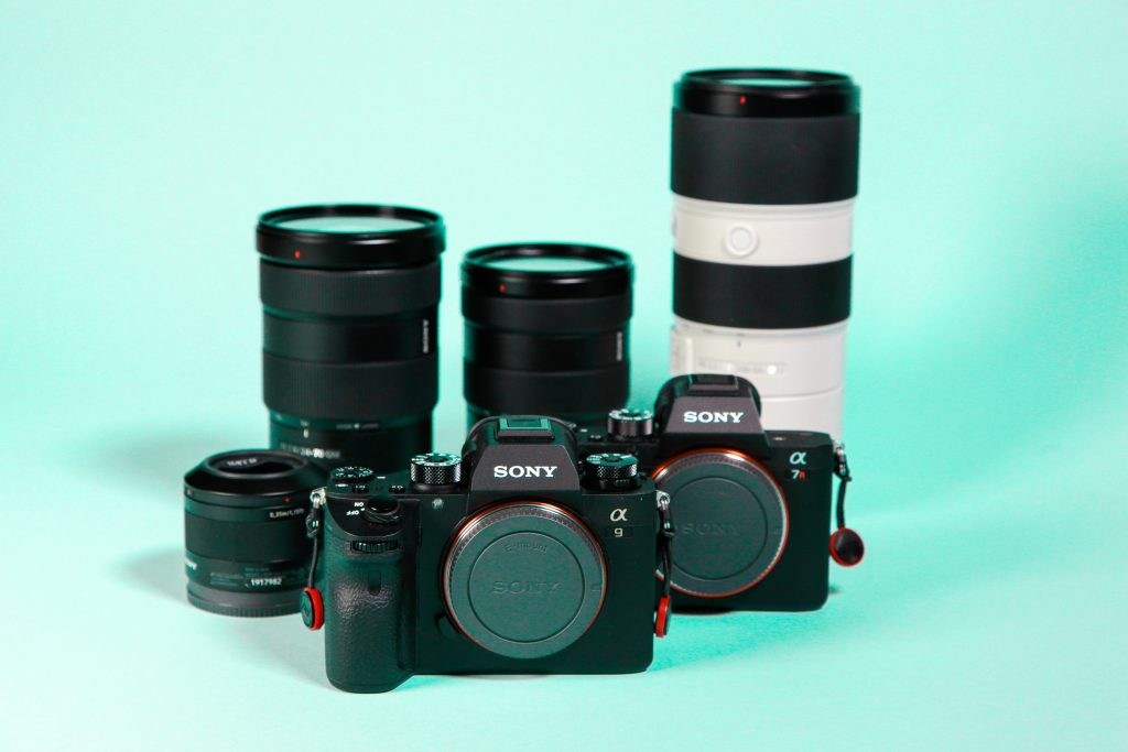 Use of lens in DSLRs and mirrorless cameras